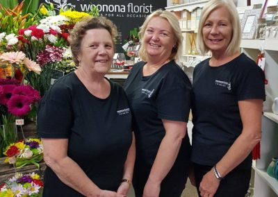 the team woonona florist